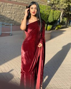 Hot Photos Sarah Khan Saree from Upcoming Drama Set 3